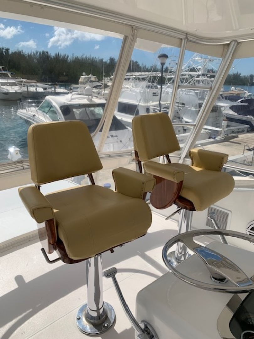 Viking-Convertible 2003-Ayayaiii Fort Lauderdale-Florida-United States-Helm Seating-1544386 | Thumbnail