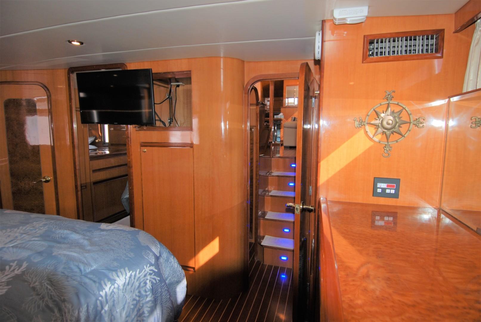 Novatec-Cockpit Motoryacht 2003-Liberty Dunedin-Florida-United States-1544836 | Thumbnail