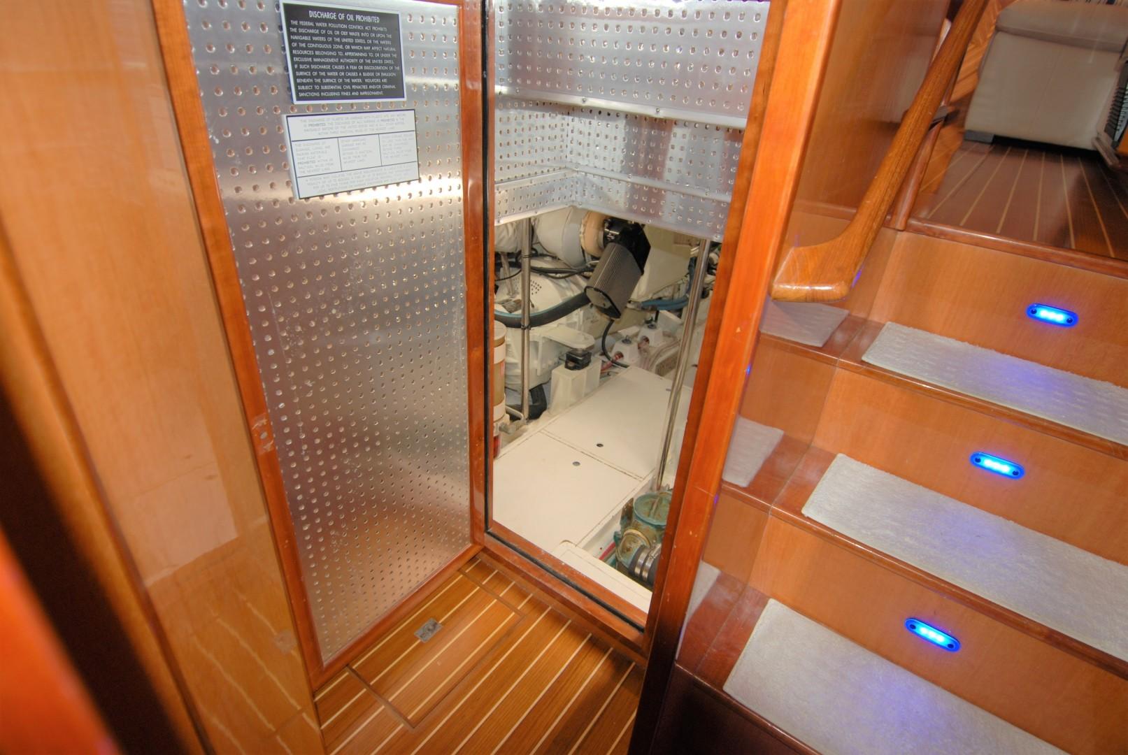 Novatec-Cockpit Motoryacht 2003-Liberty Dunedin-Florida-United States-1544823 | Thumbnail