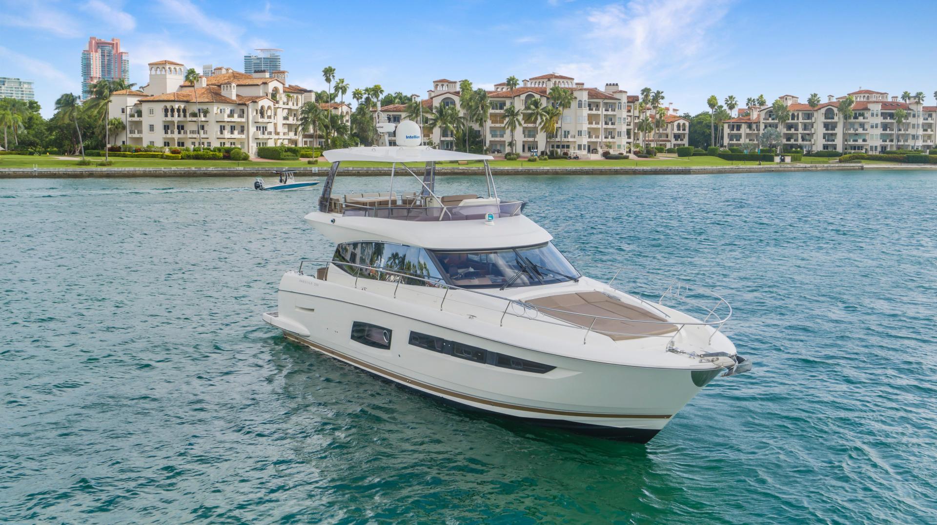 Prestige-Flybridge 2015-Aqua Miami-Florida-United States-1545930   Thumbnail