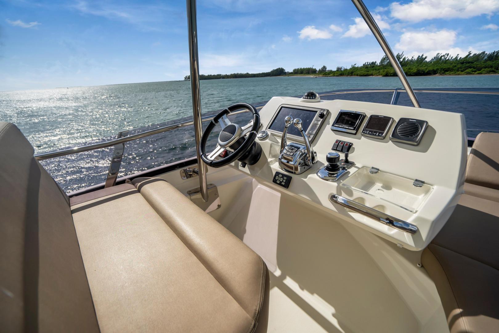 Prestige-Flybridge 2015-Aqua Miami-Florida-United States-1545941   Thumbnail