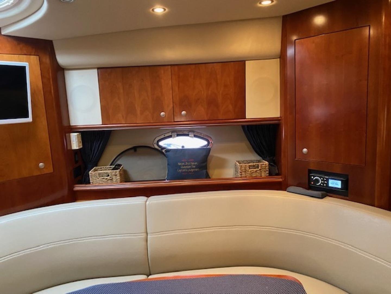 Cruisers-370 Express 2006-Anchor Management Sarasota-Florida-United States-2006 37 Cruisers  Anchor Management  Dinette-1546812   Thumbnail