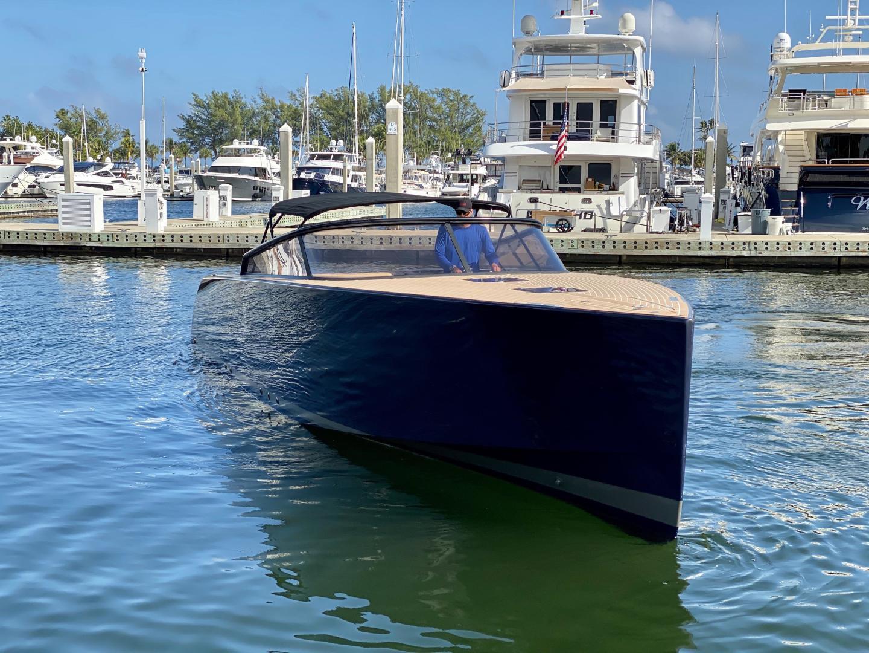 VanDutch-40 2014 -Miami-Florida-United States-1546731 | Thumbnail