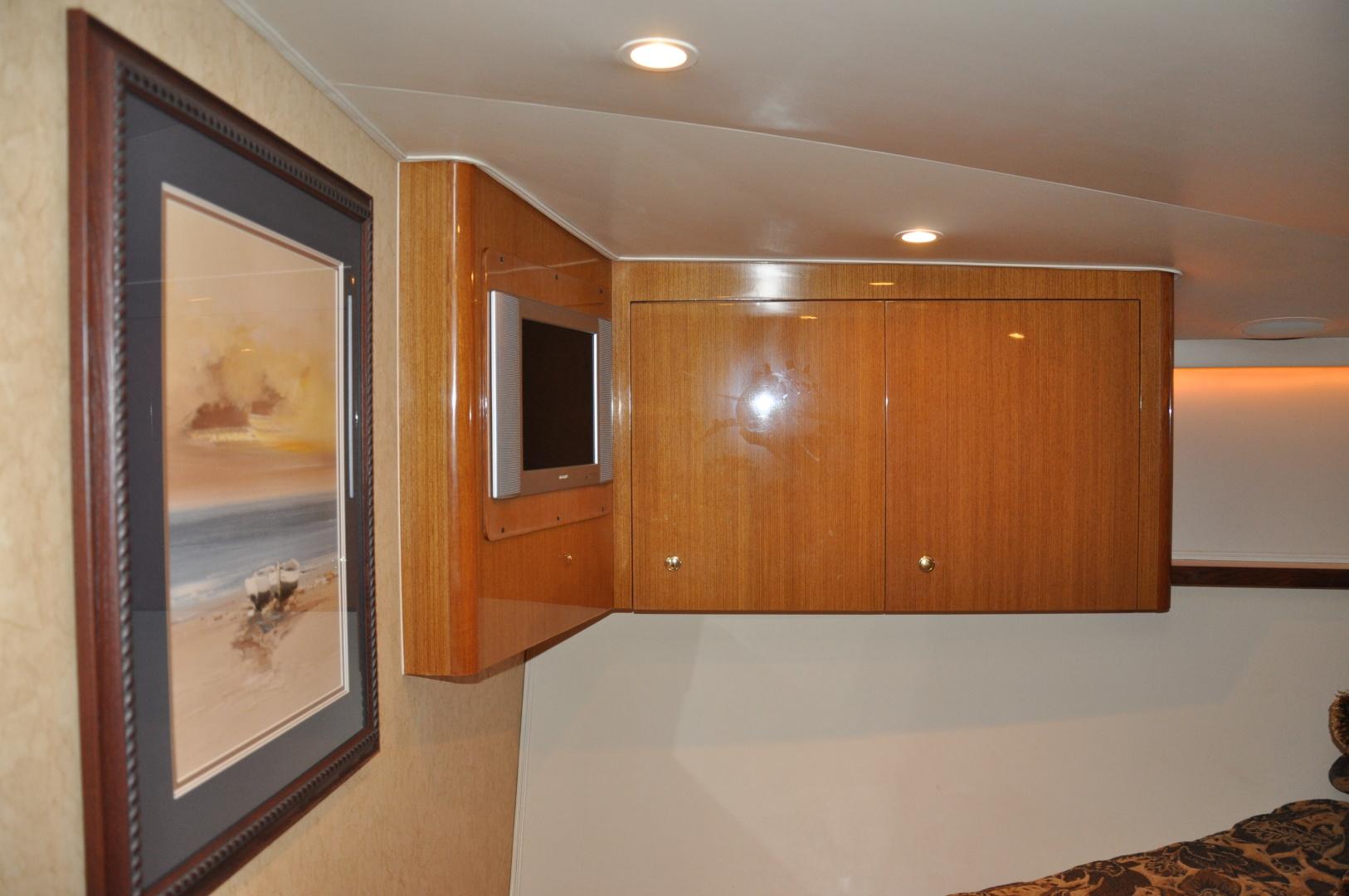 Viking-Convertible 2003-Reel Cowboy Deerfield Beach-Florida-United States-Master Stateroom-1546874 | Thumbnail