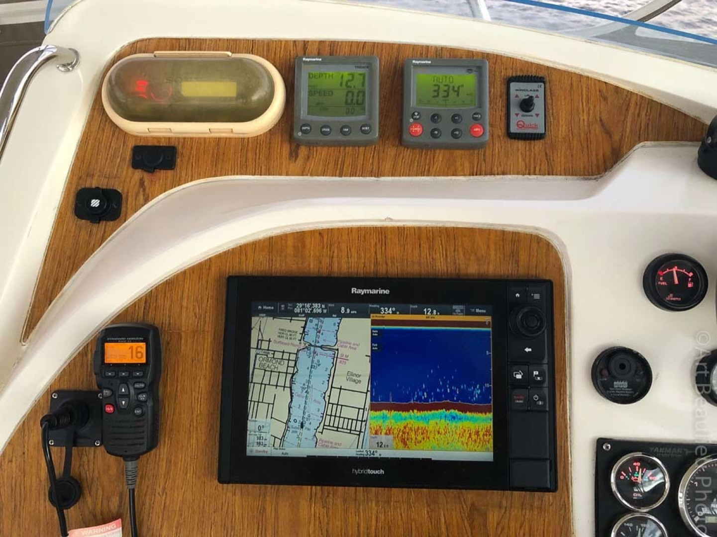Leopard-37 PC 2008-Even Keel Cocoa Beach-Florida-United States-Raymarine Hybrid Touch Screen-1546918 | Thumbnail