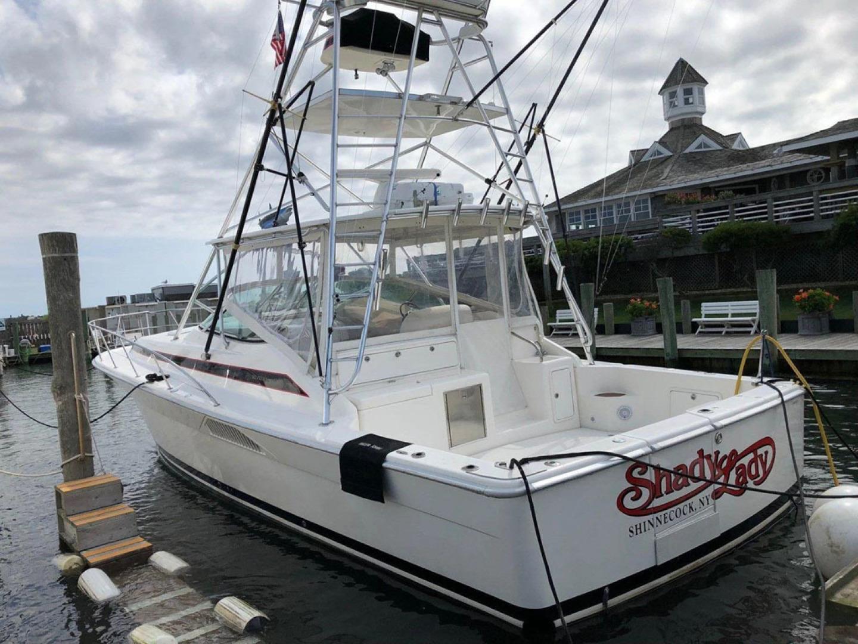 Riviera-4000 Express 2001-Shady Lady Hampton Bays-New York-United States-Stern Port-1547582 | Thumbnail