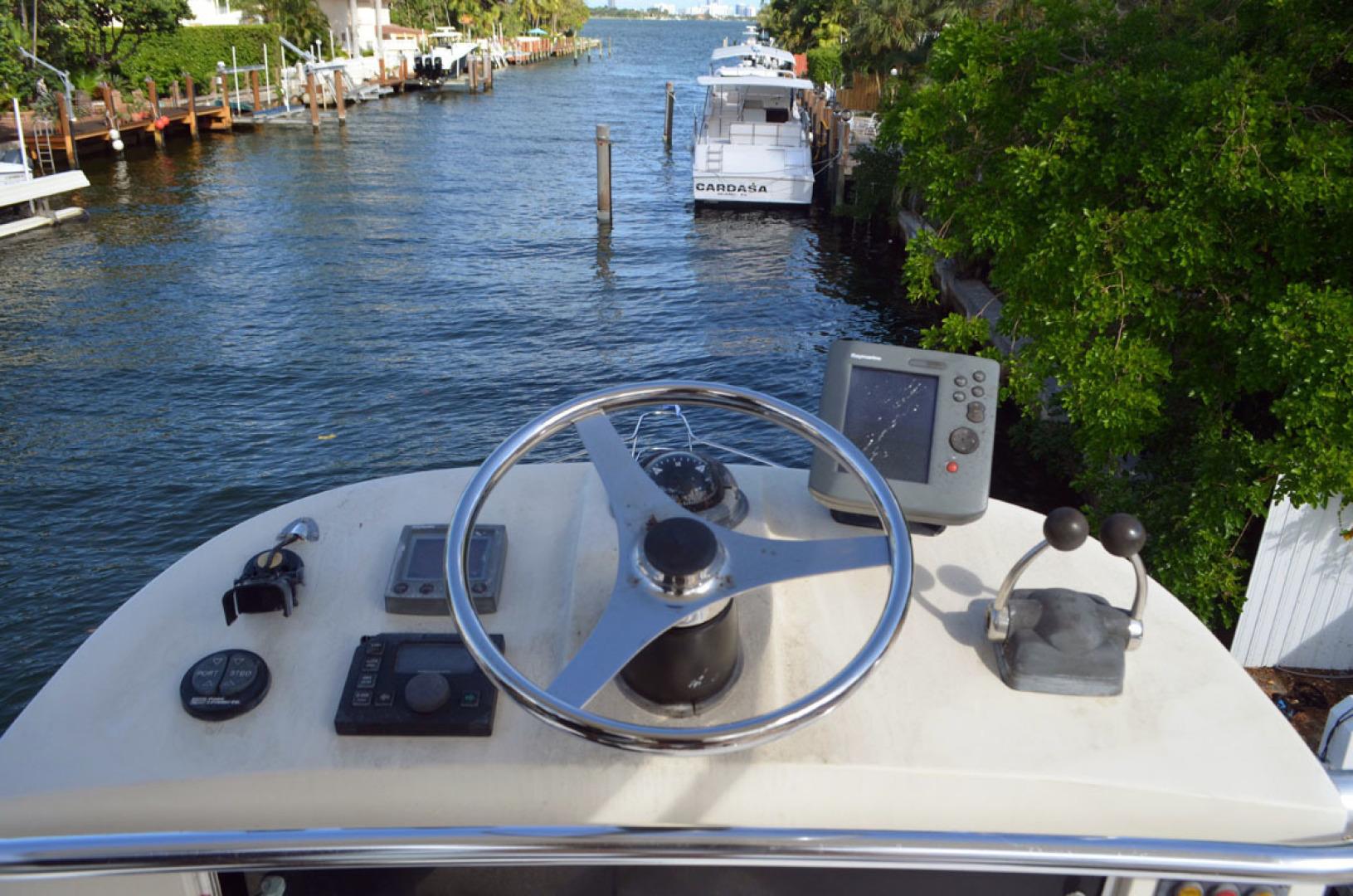Riviera-4000 Express 2001-Shady Lady Hampton Bays-New York-United States-Tower Helm-1547563 | Thumbnail