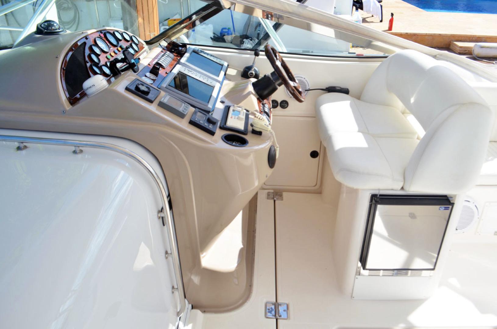 Riviera-4000 Express 2001-Shady Lady Hampton Bays-New York-United States-Helm Area-1547556 | Thumbnail