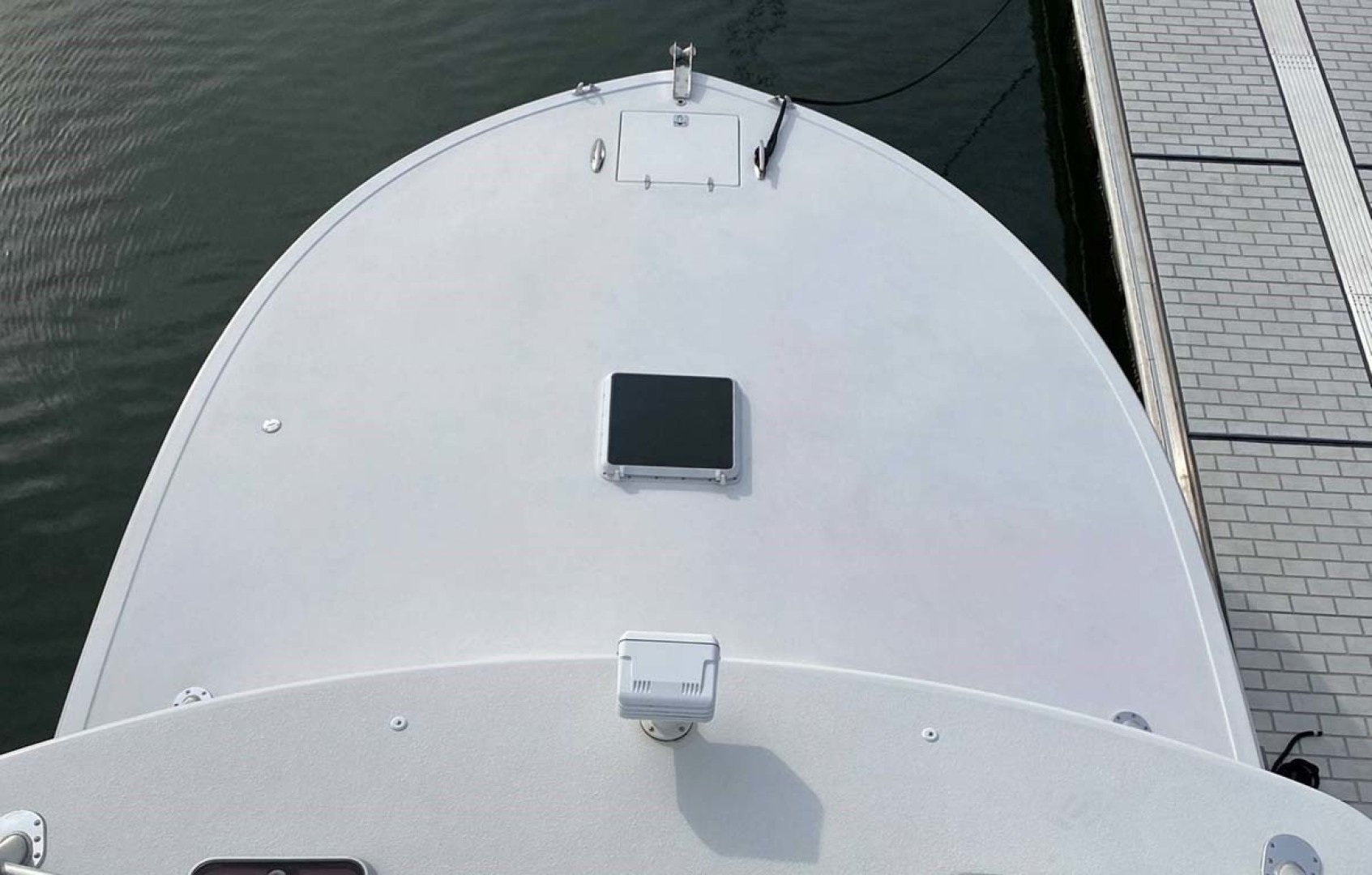 Jersey Cape-36 Devil 2005-Decisive Bridgeport-Connecticut-United States-Bow, Foredeck from Tower-1549126 | Thumbnail