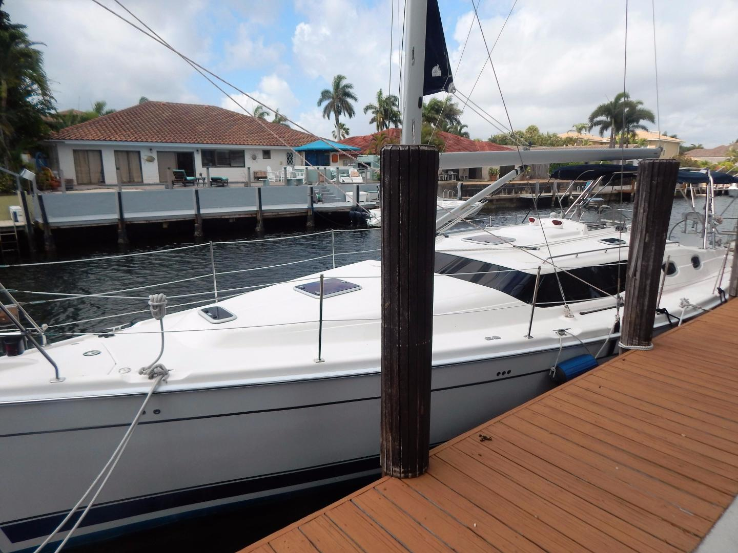 Hunter-Deck Salon 2012-PINK PONY SAILS Fort Lauderdale-Florida-United States-1549187 | Thumbnail
