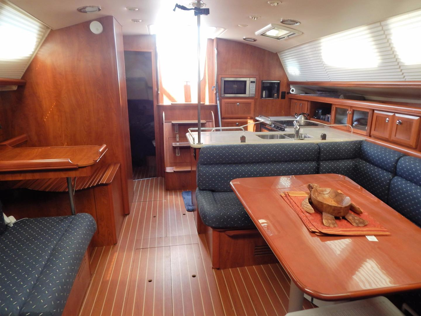 Hunter-Deck Salon 2012-PINK PONY SAILS Fort Lauderdale-Florida-United States-1549197 | Thumbnail
