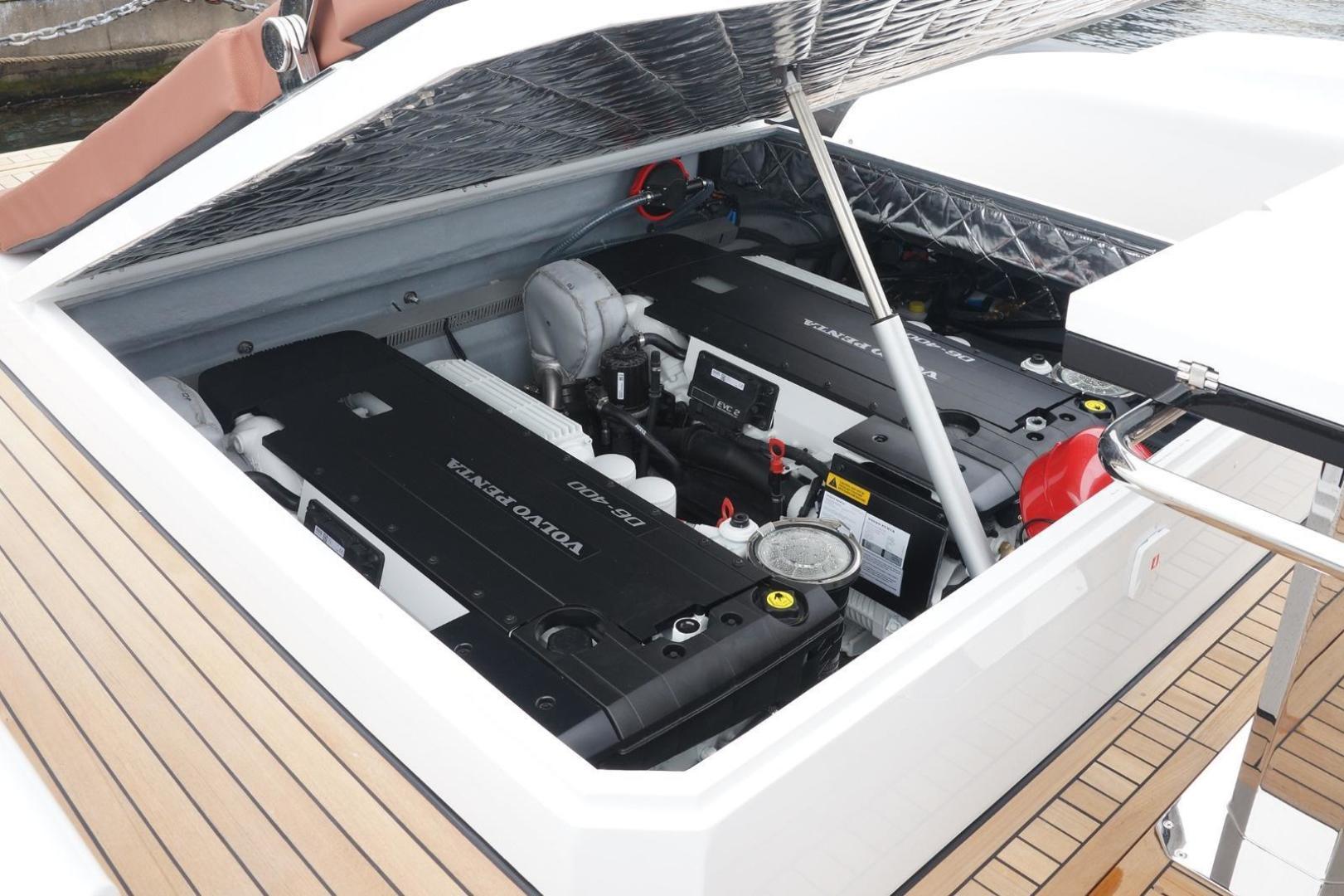 Pirelli-PZero 1250 2020-Pzero 1250 Fort Lauderdale-Florida-United States-1549636   Thumbnail
