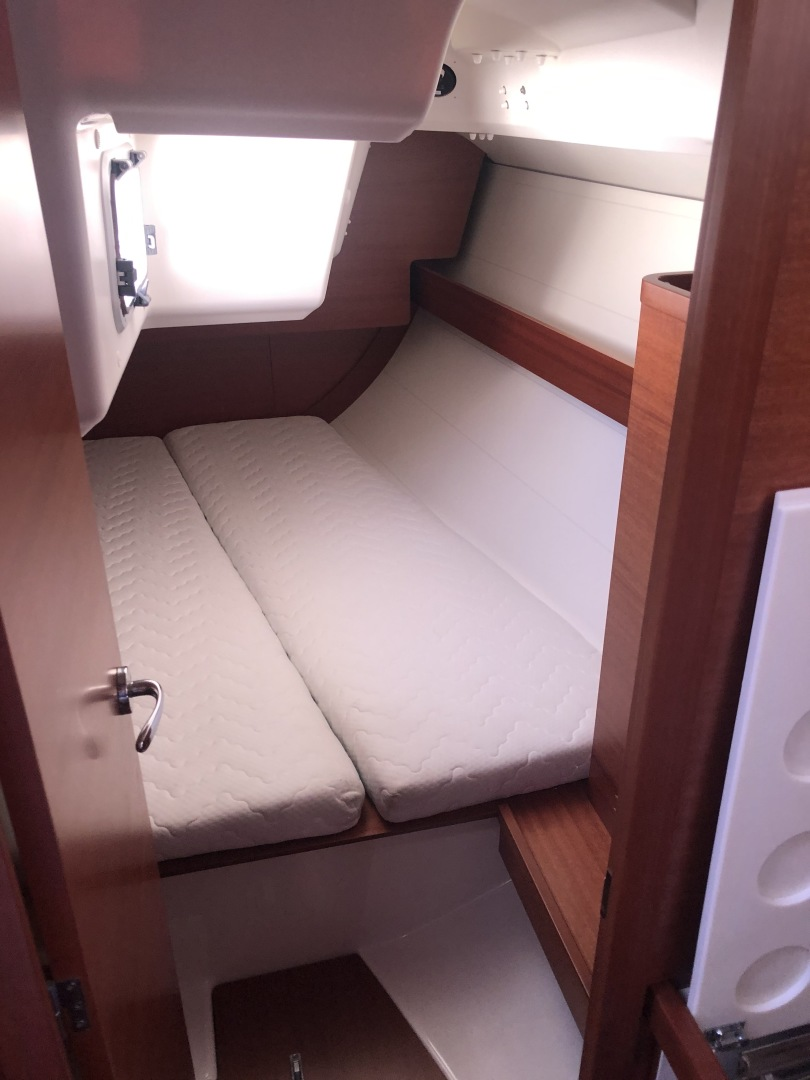 Dufour-36 P 2014 -Portsmouth-Rhode Island-United States-Aft Cabin-1551079 | Thumbnail