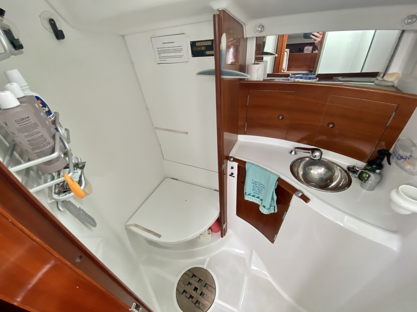 Beneteau-First 47.7 2004 -Portsmouth-Rhode Island-United States-Guest Head-1551511 | Thumbnail