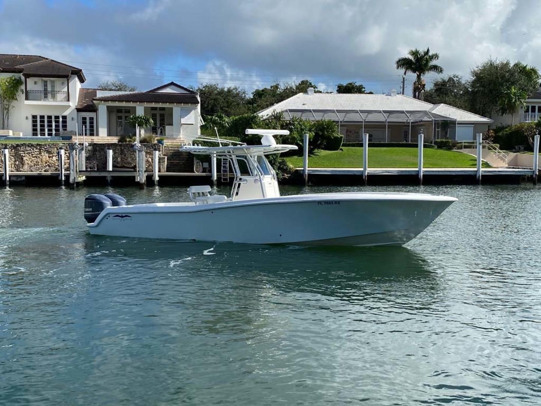 Invincible-Center Console 2012 -Coral Gables-Florida-United States-Main Profile-1552036 | Thumbnail