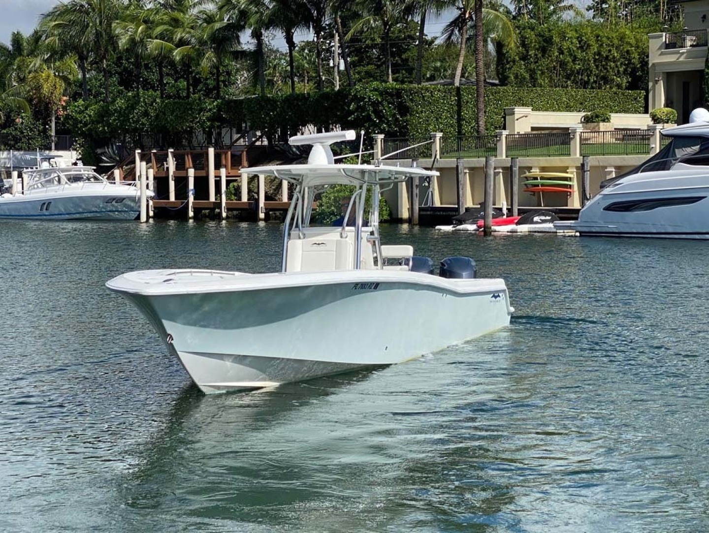 Invincible-Center Console 2012 -Coral Gables-Florida-United States-Port Bow Profile-1552046 | Thumbnail