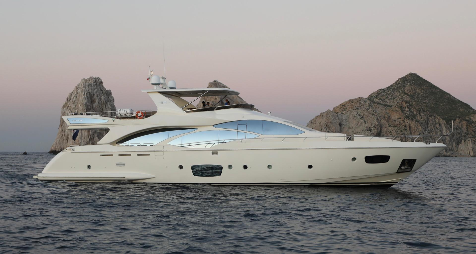 Andreika is a Azimut Flybridge Yacht For Sale in Cabo San Lucas--0