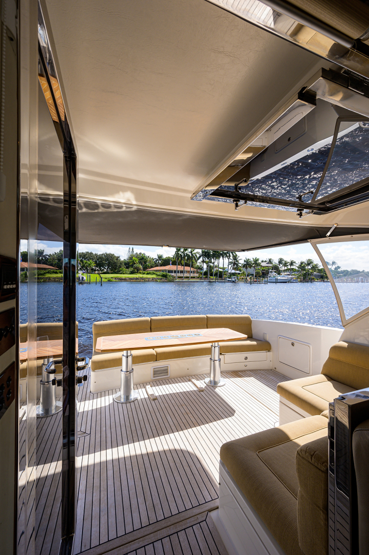Riviera-5000 Sport Yacht 2012-Lady J Palm Beach-Florida-United States-1553507 | Thumbnail