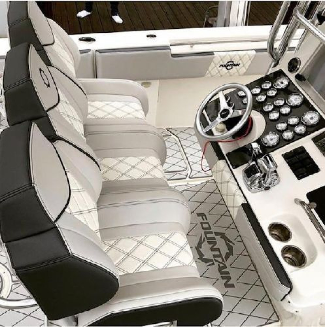 Fountain-38 Center Console 2011 -Lighthouse Point-Florida-United States-1553362 | Thumbnail