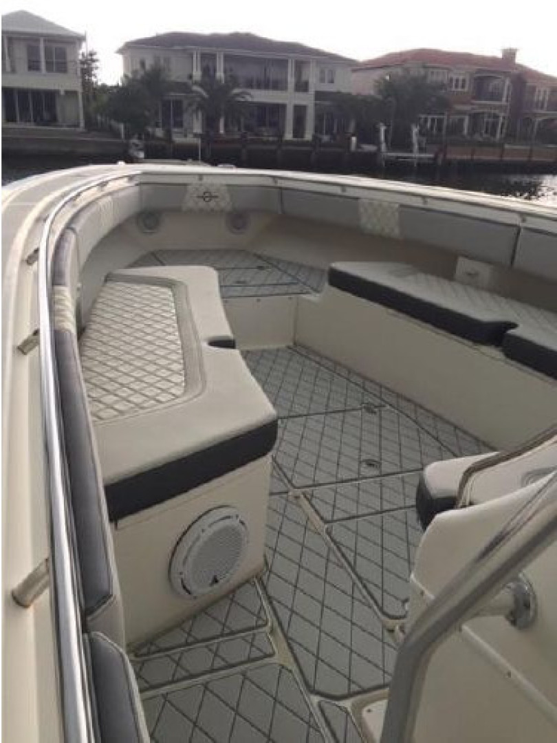 Fountain-38 Center Console 2011 -Lighthouse Point-Florida-United States-1553355 | Thumbnail