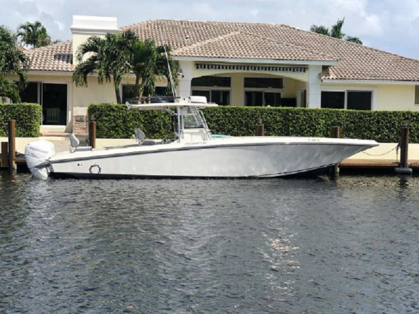 Fountain-38 Center Console 2011 -Lighthouse Point-Florida-United States-1553352 | Thumbnail