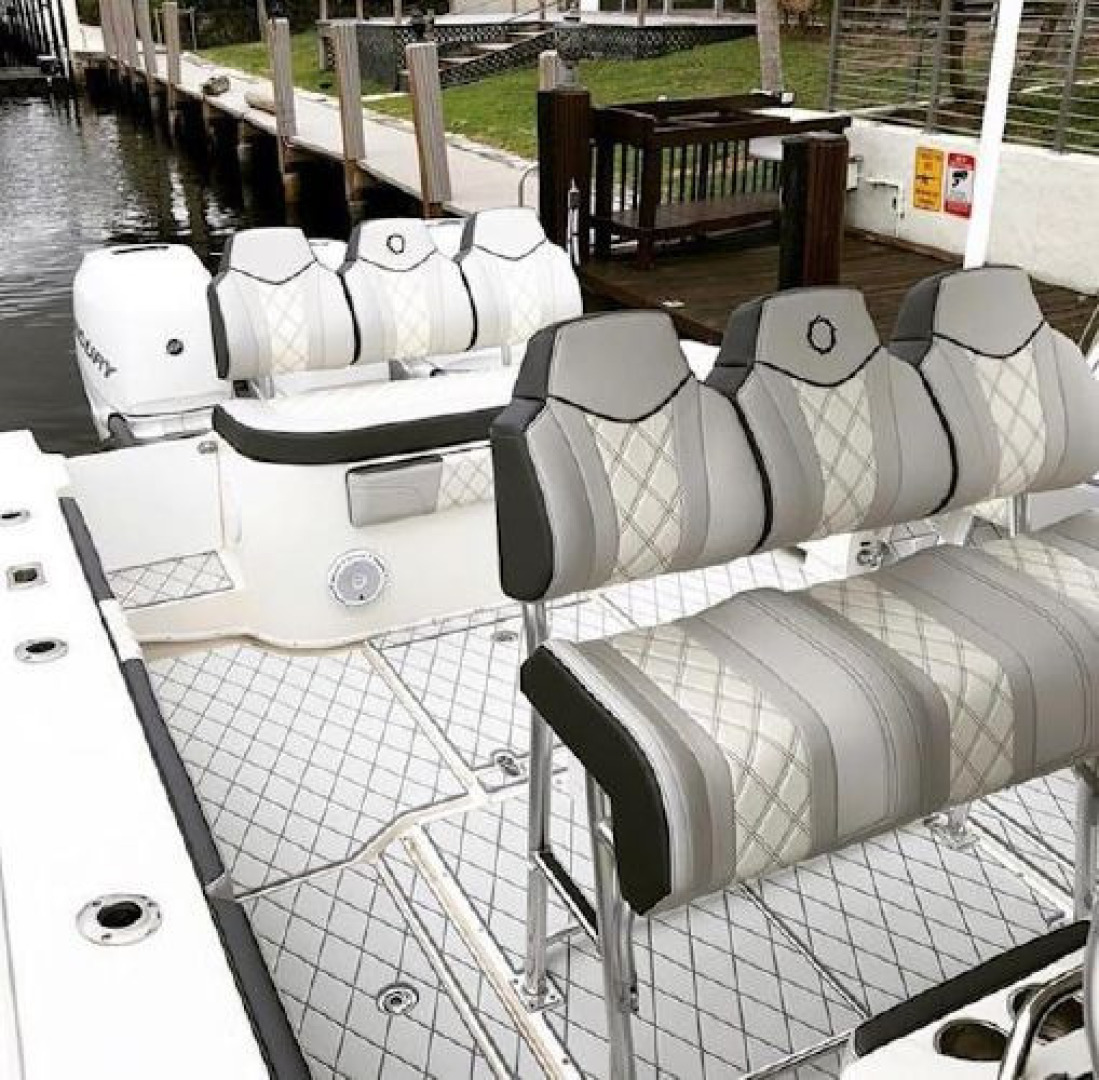 Fountain-38 Center Console 2011 -Lighthouse Point-Florida-United States-1553364 | Thumbnail
