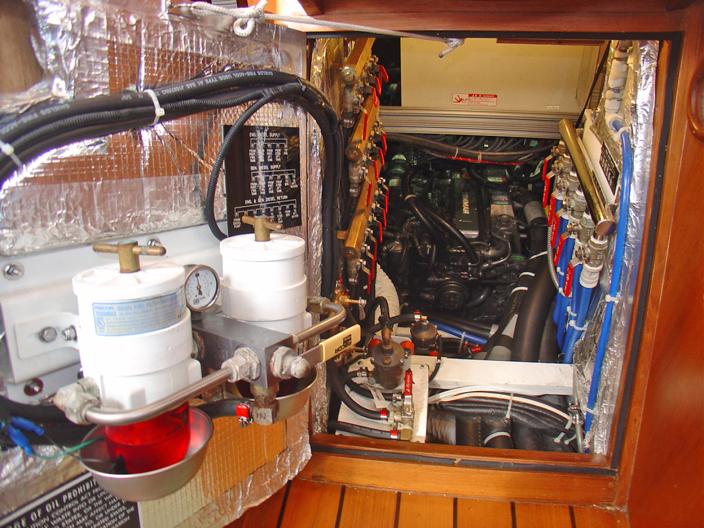 Hylas-70 Centerboard Cruiser 2007-AMANTE Barcelona-Spain-ngine Room View from Salon-1555639   Thumbnail