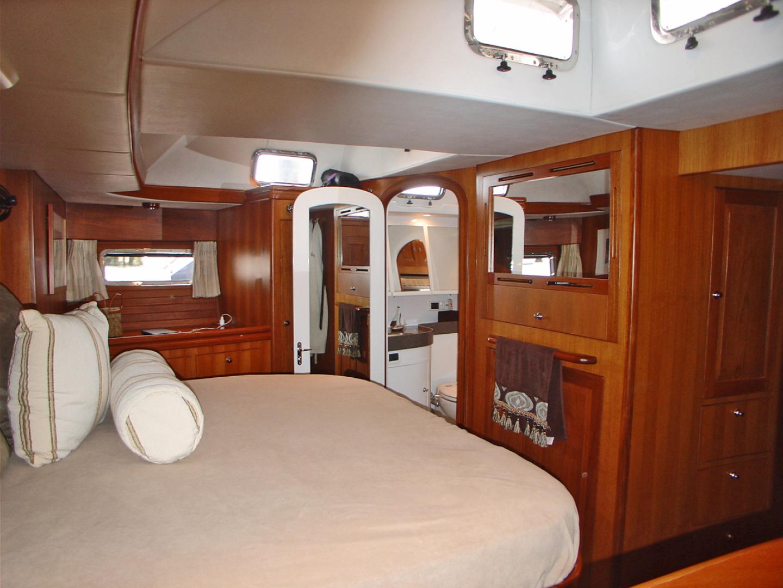 Hylas-70 Centerboard Cruiser 2007-AMANTE Barcelona-Spain-Owners SR Port Side-1555655   Thumbnail