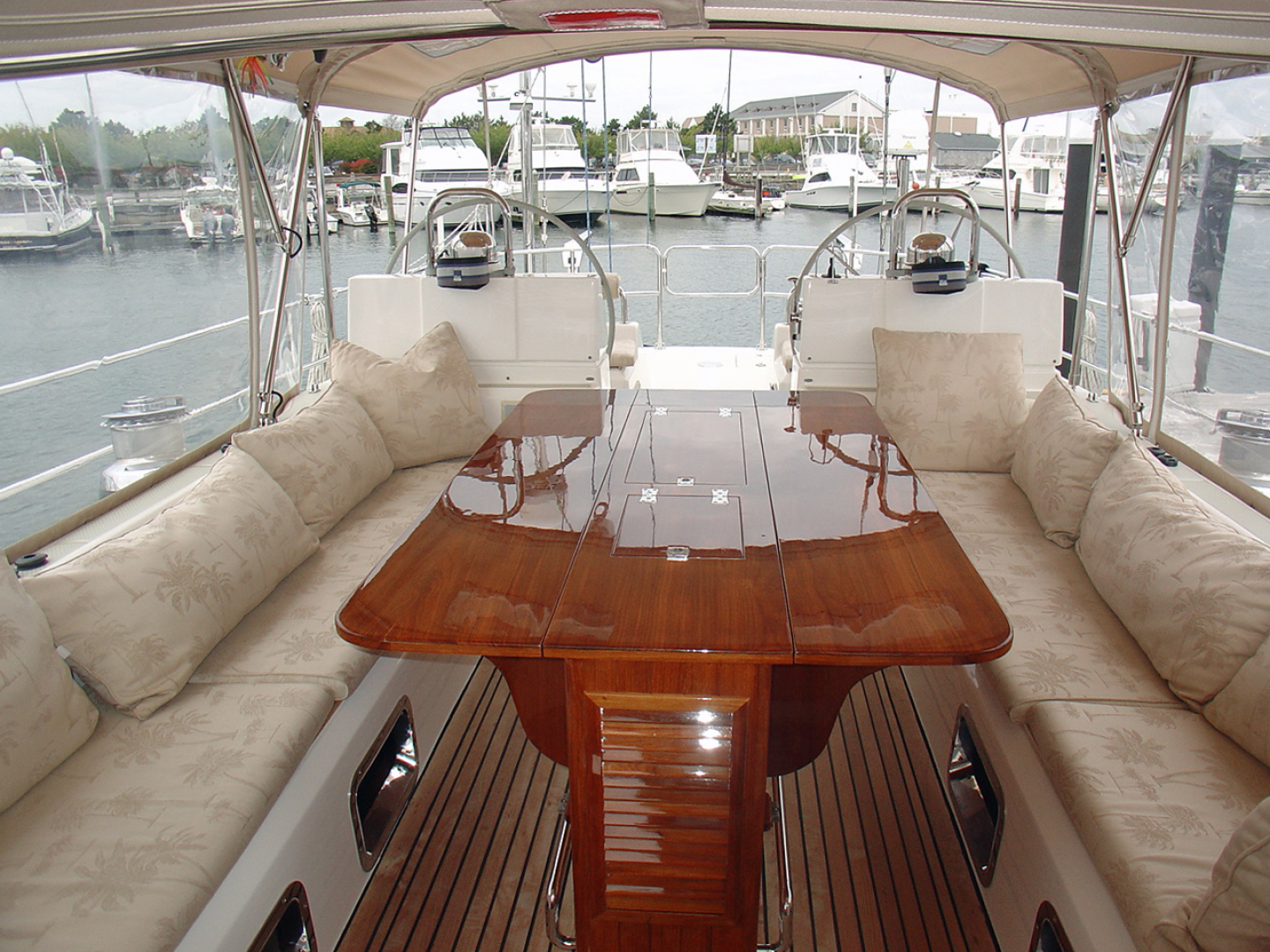 Hylas-70 Centerboard Cruiser 2007-AMANTE Barcelona-Spain-Looking Aft, Table Extended-1555649   Thumbnail