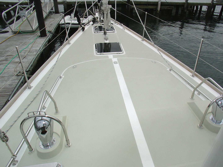 Hylas-70 Centerboard Cruiser 2007-AMANTE Barcelona-Spain-Foredeck Looking Forward-1555641   Thumbnail