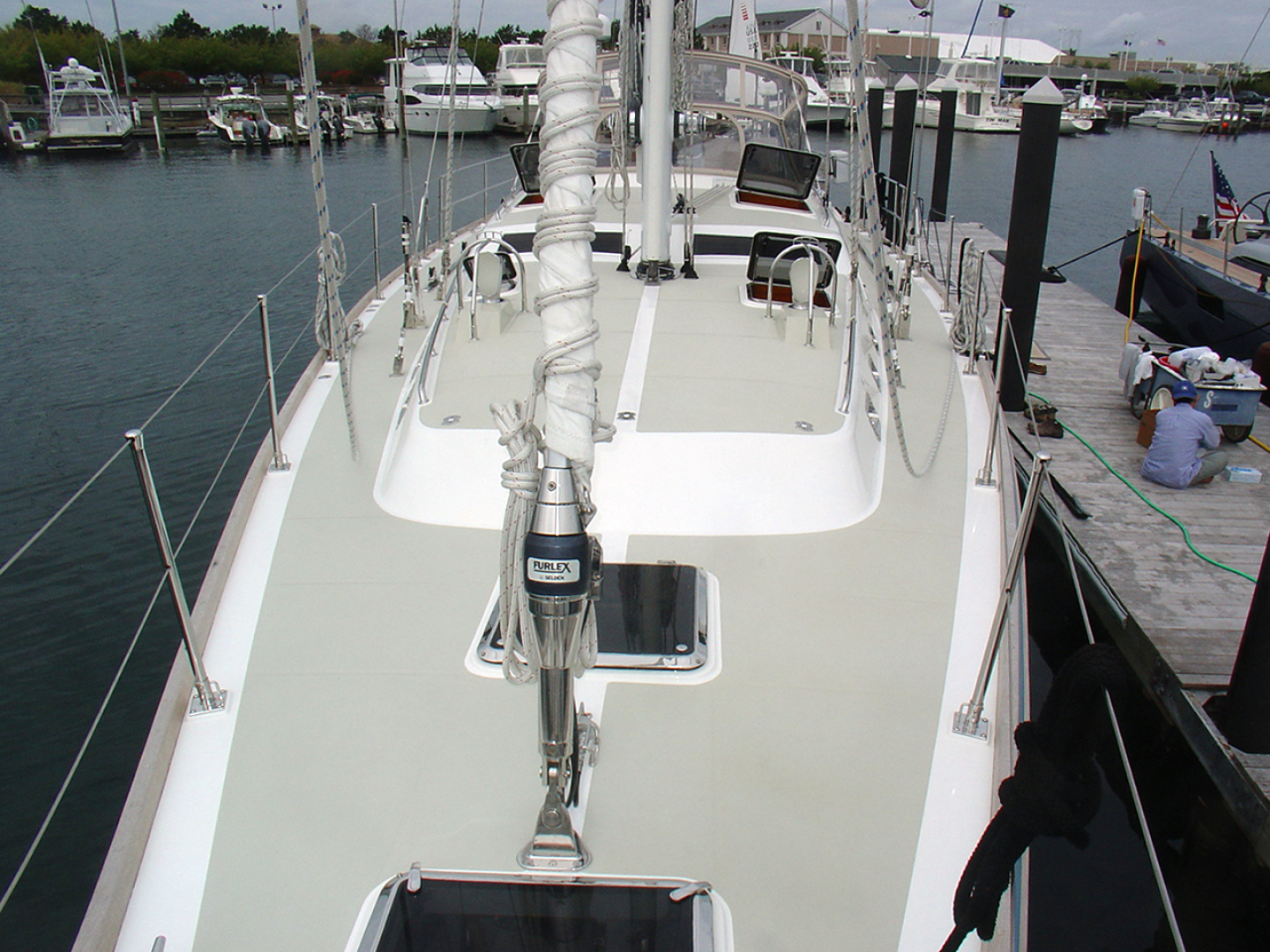 Hylas-70 Centerboard Cruiser 2007-AMANTE Barcelona-Spain-Foredeck Looking Aft-1555640   Thumbnail
