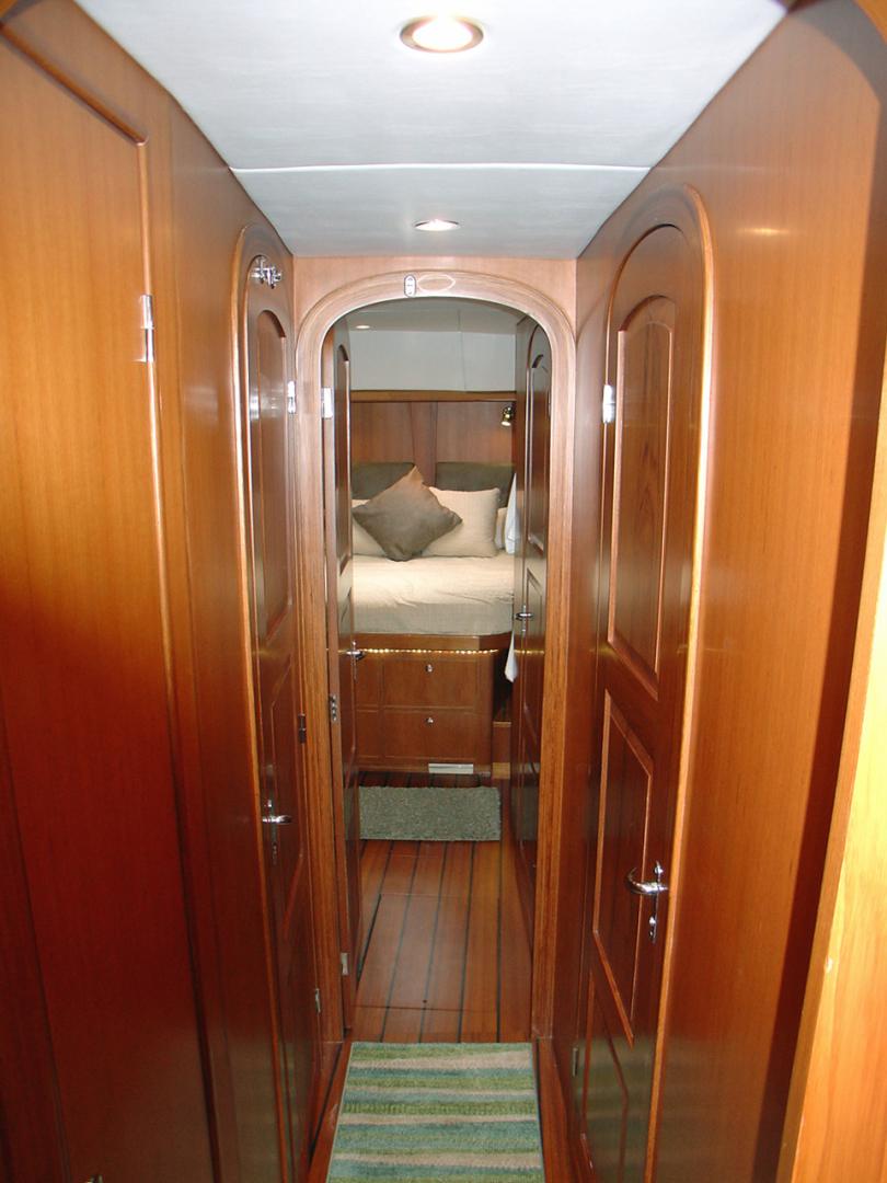 Hylas-70 Centerboard Cruiser 2007-AMANTE Barcelona-Spain-Passageway Forward-1555658   Thumbnail