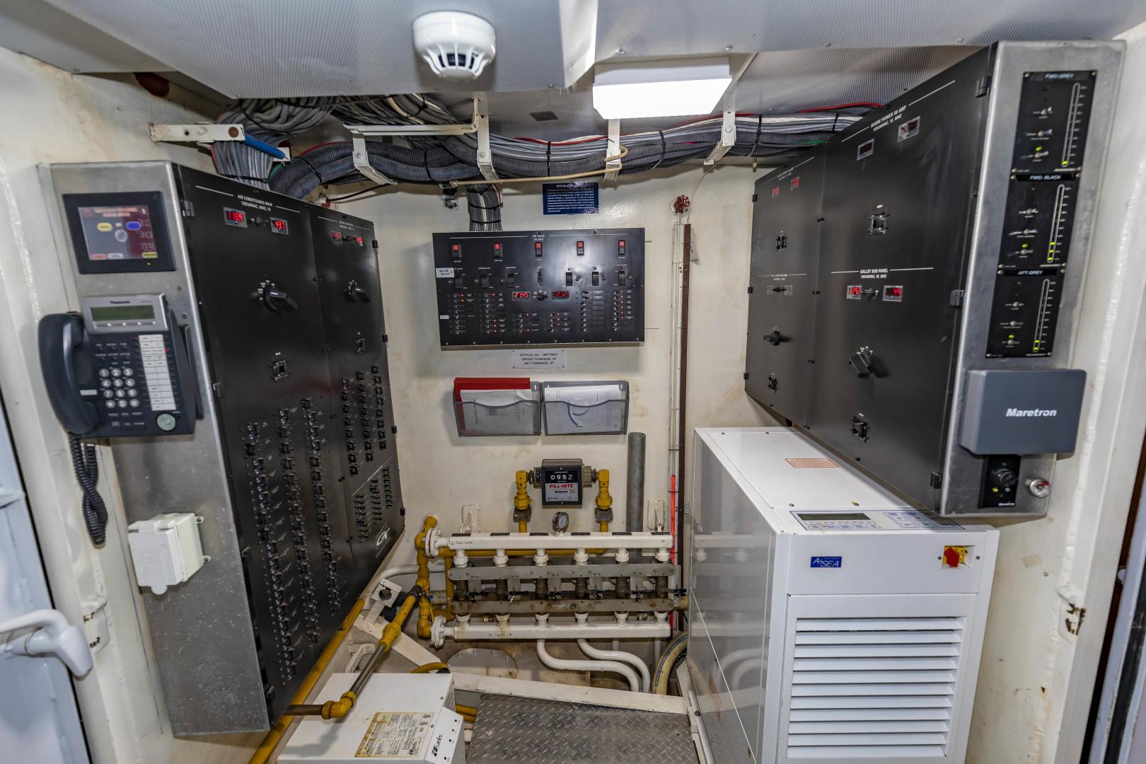 GlassTech-Expedition Yacht 2018-Reset Stuart-Florida-United States-Electrical Panel-1570476 | Thumbnail