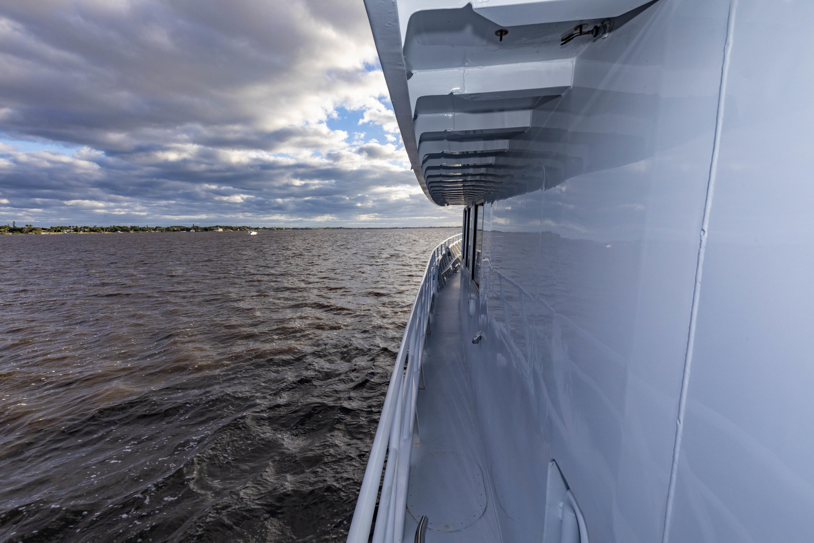 GlassTech-Expedition Yacht 2018-Reset Stuart-Florida-United States-Sidedeck-1568637 | Thumbnail