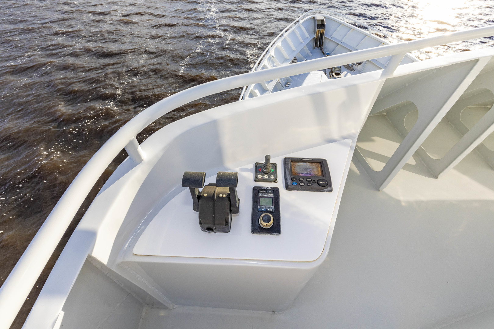 GlassTech-Expedition Yacht 2018-Reset Stuart-Florida-United States-Port Wing Controls-1568641 | Thumbnail