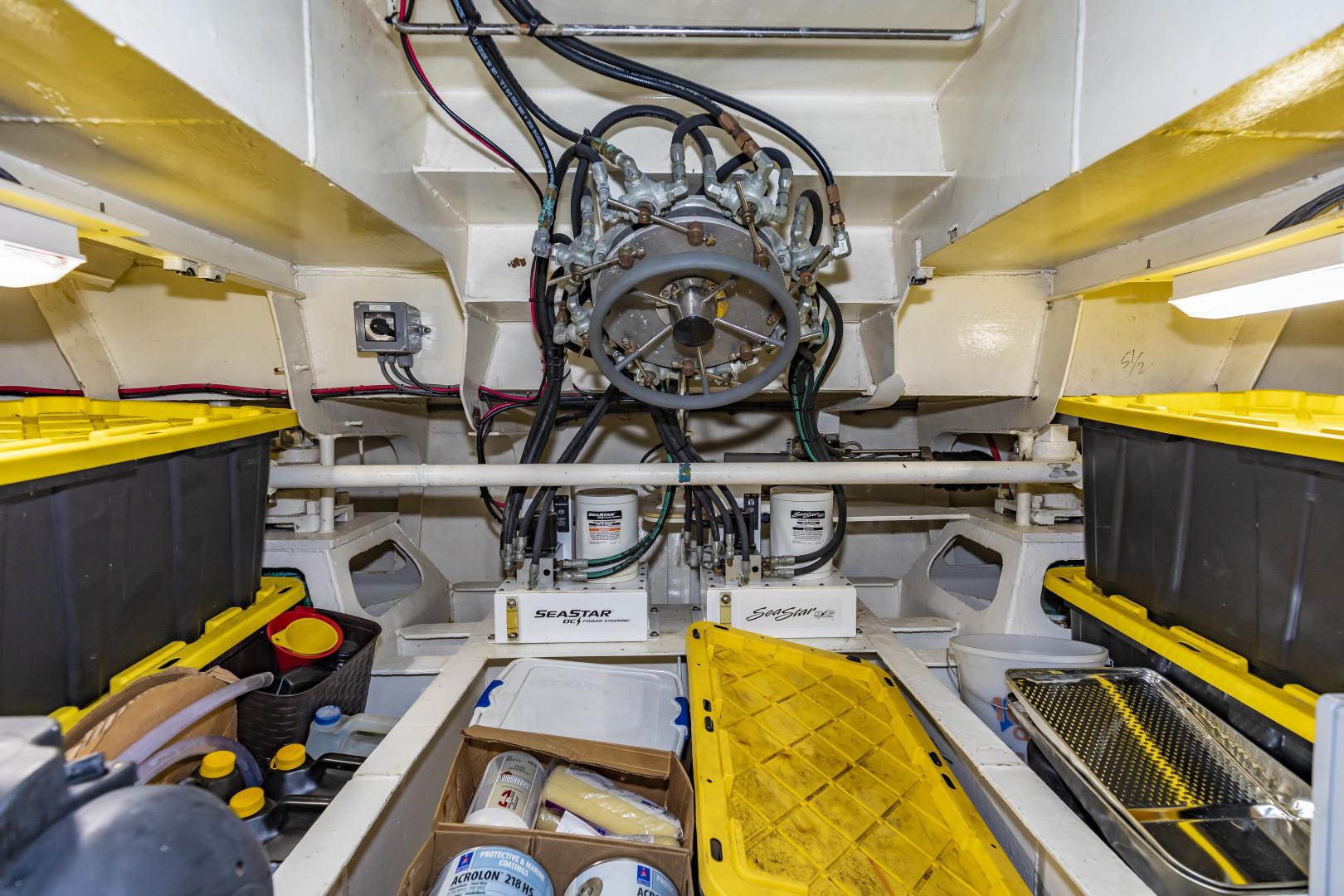 GlassTech-Expedition Yacht 2018-Reset Stuart-Florida-United States-Hydraulic Redundant Steering-1570480 | Thumbnail