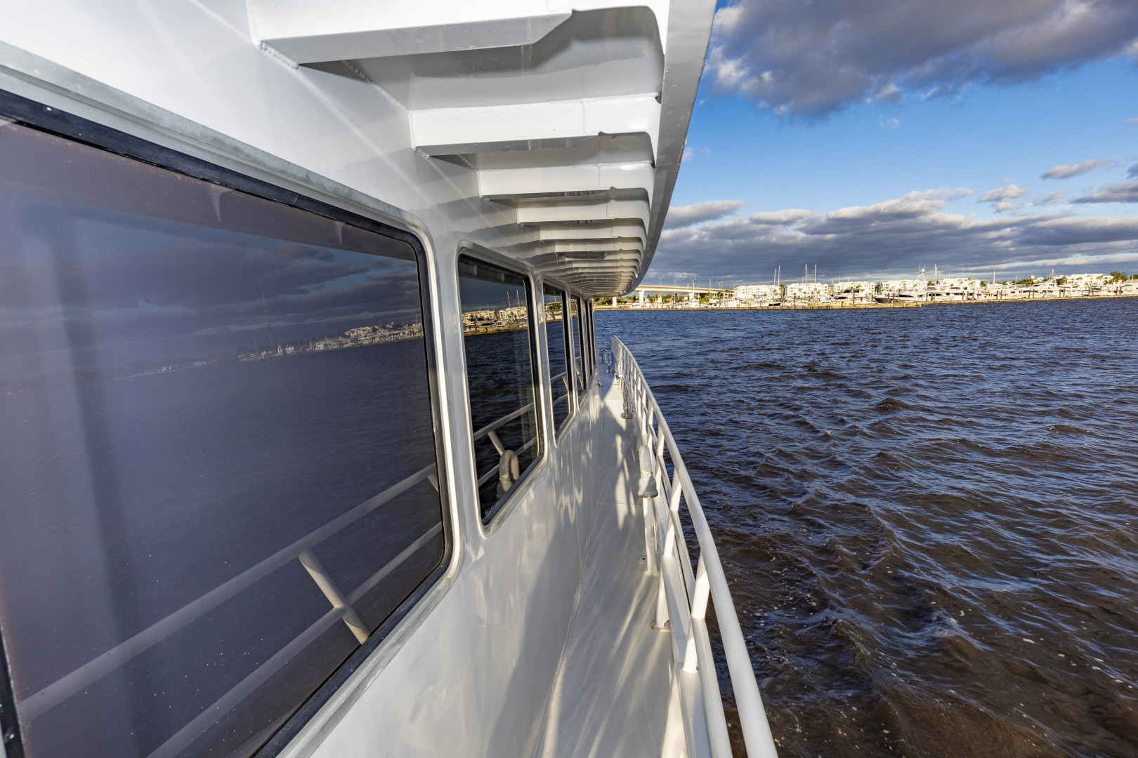 GlassTech-Expedition Yacht 2018-Reset Stuart-Florida-United States-Sidedeck-1568633 | Thumbnail