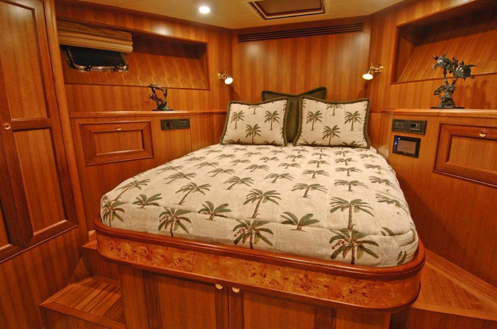 Offshore 2009-LESTIQUE Sarasota-Florida-United States-VIP Guest Stateroom-1558761 | Thumbnail