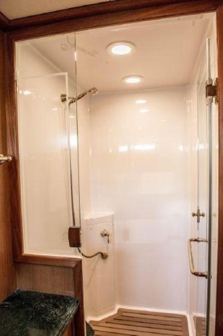 Offshore 2009-LESTIQUE Sarasota-Florida-United States-Master Shower-1558759 | Thumbnail