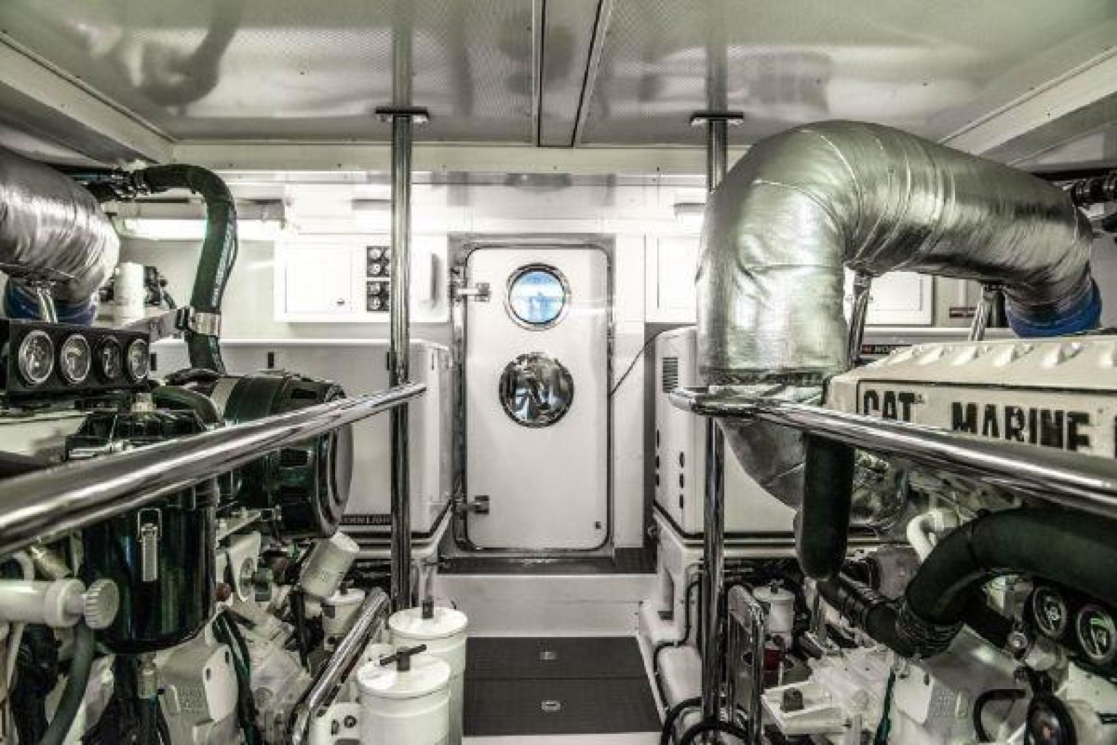 Offshore 2009-LESTIQUE Sarasota-Florida-United States-Engine Room Aft-1558764 | Thumbnail