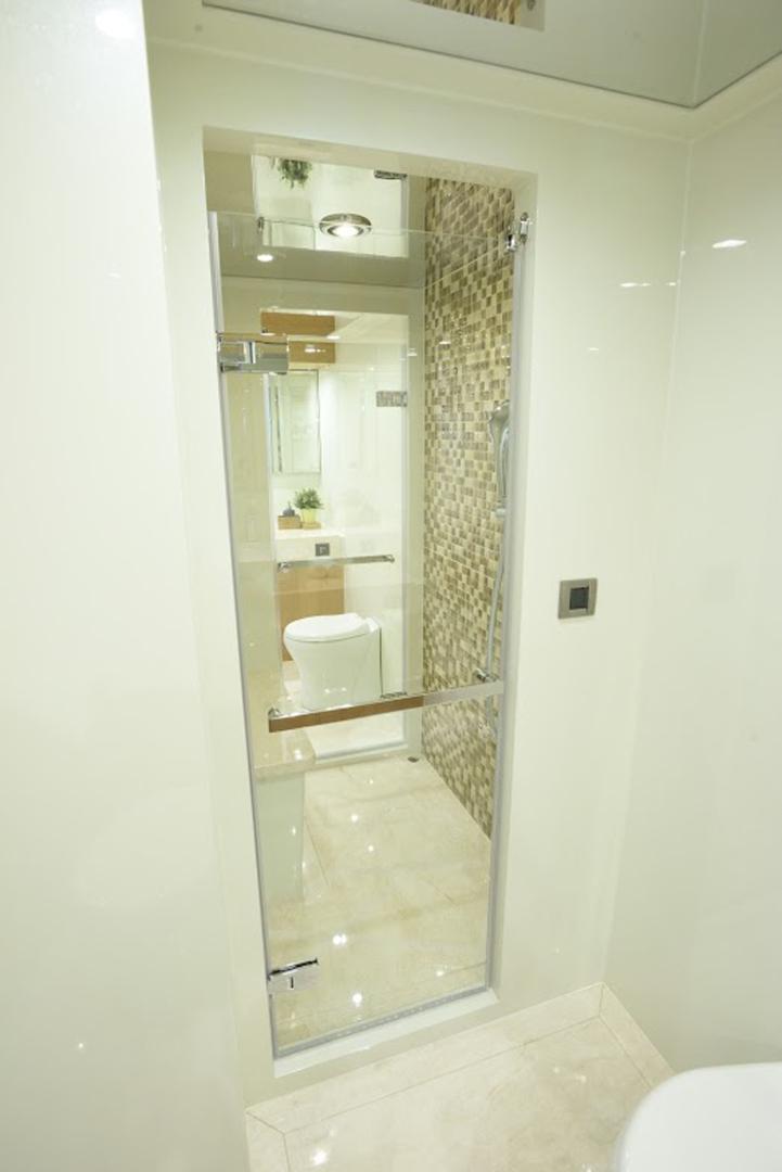 Johnson-Flybridge w/Hydraulic Platform 2022-JOHNSON 93 OPEN FB Taiwan-VIP 2 heads with shared shower-1559081 | Thumbnail