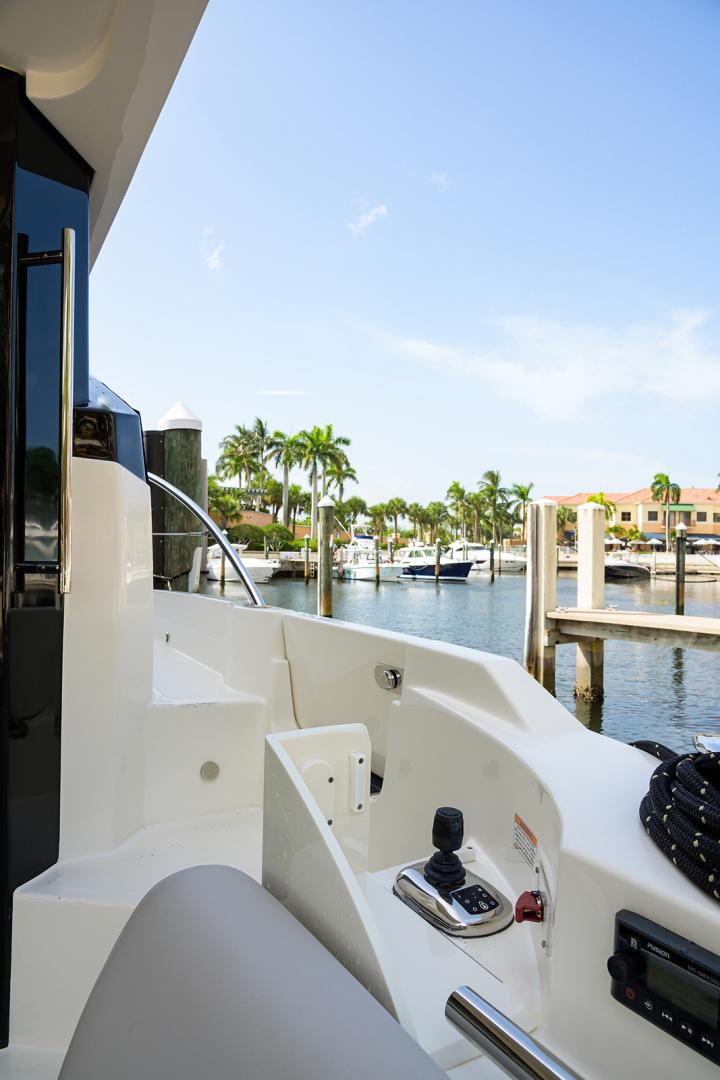 Sea Ray-L 550 2018 -Palm Beach-Florida-United States-1559796 | Thumbnail