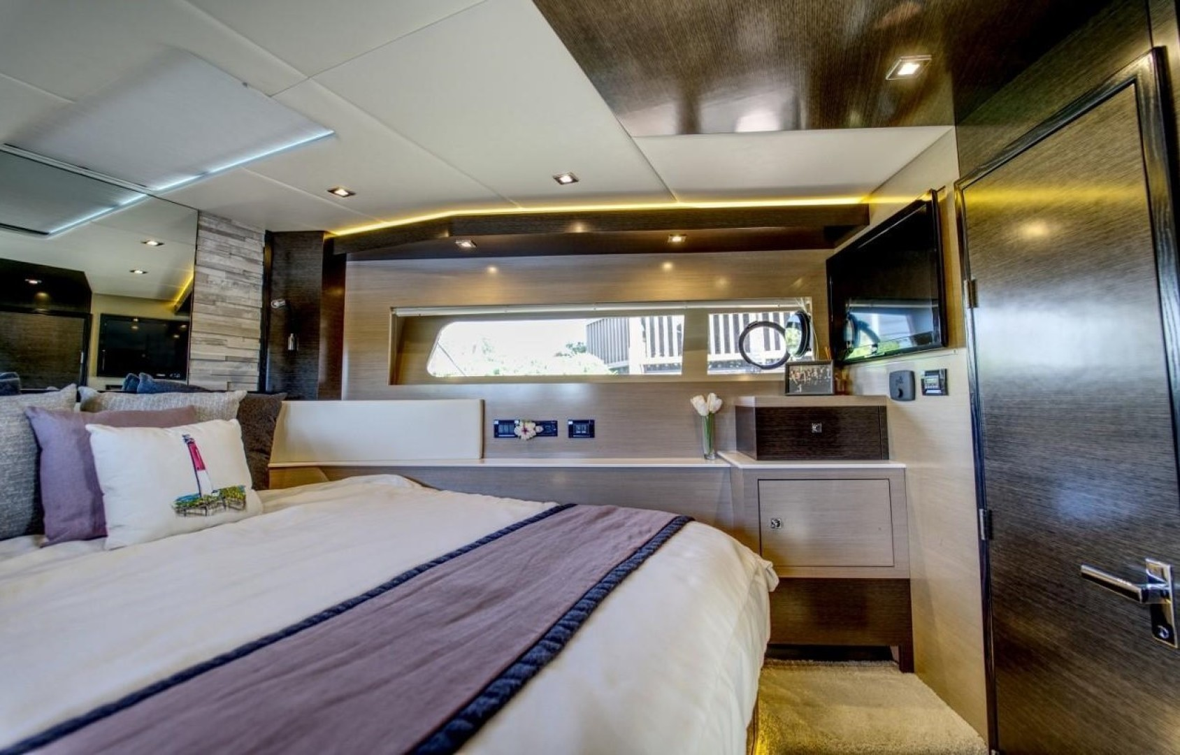 Cruisers-60 Cantius 2018-Sea Rhythm III Anna Maria-Florida-United States-2018 Cruisers 60 Cantius FB  Sea Rhythm III  VIP Stateroom-1578793 | Thumbnail
