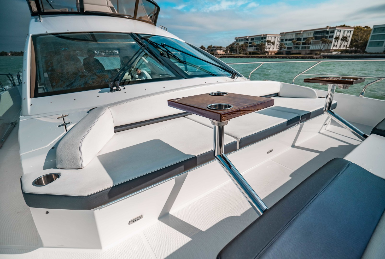 Cruisers-60 Cantius 2018-Sea Rhythm III Anna Maria-Florida-United States-2018 Cruisers 60 Cantius FB  Sea Rhythm III  Bow Dinette-1583307 | Thumbnail