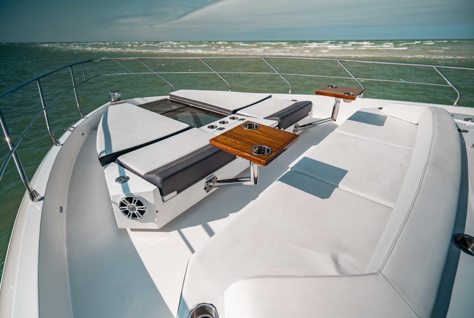 Cruisers-60 Cantius 2018-Sea Rhythm III Anna Maria-Florida-United States-2018 Cruisers 60 Cantius FB  Sea Rhythm III  Bow Seating-1583308 | Thumbnail