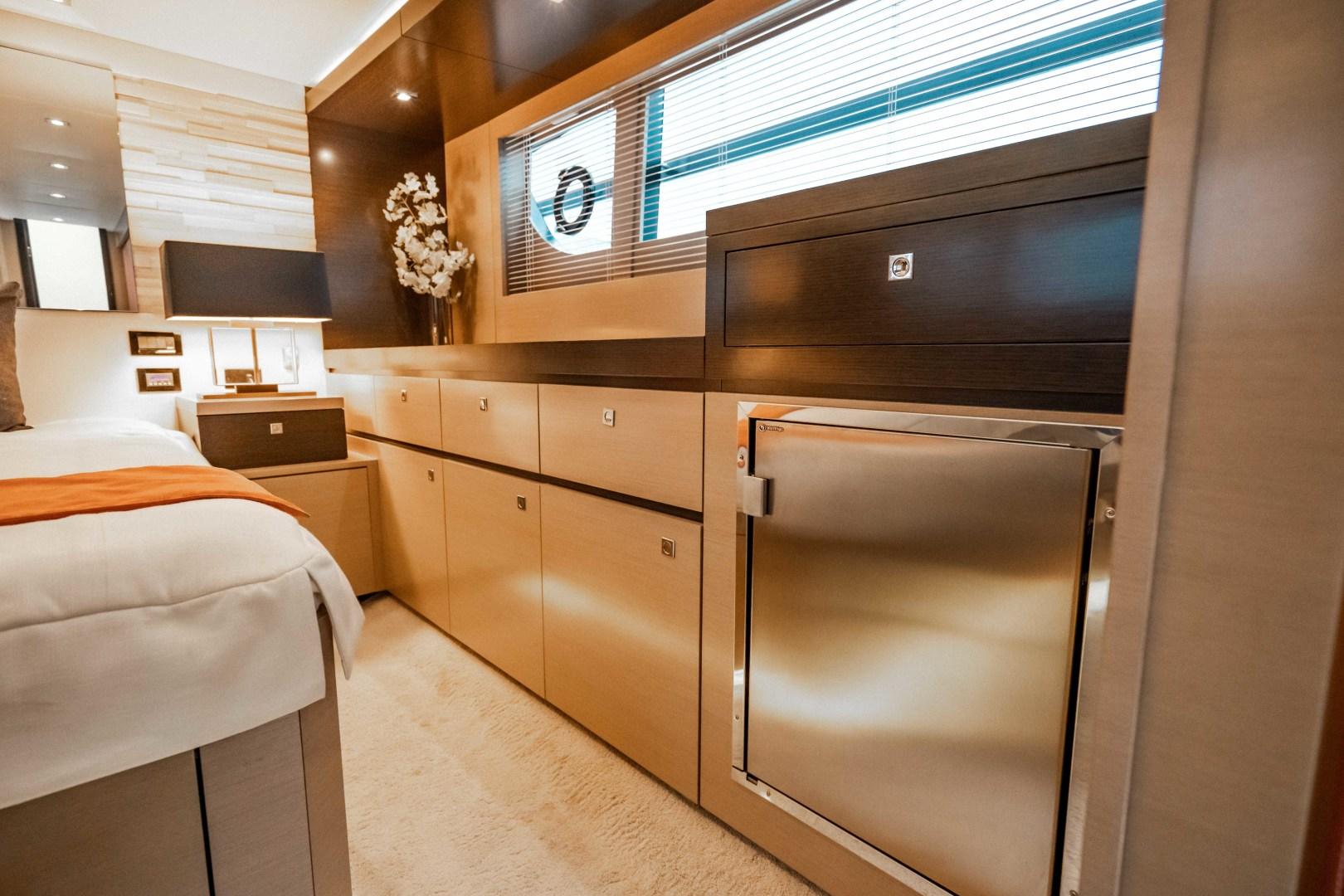 Cruisers-60 Cantius 2018-Sea Rhythm III Anna Maria-Florida-United States-2018 Cruisers 60 Cantius FB  Sea Rhythm III  Master Stateroom-1583289 | Thumbnail