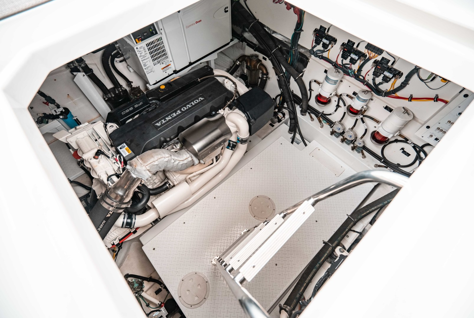 Cruisers-60 Cantius 2018-Sea Rhythm III Anna Maria-Florida-United States-2018 Cruisers 60 Cantius FB  Sea Rhythm III  Engine Room Access-1583281 | Thumbnail