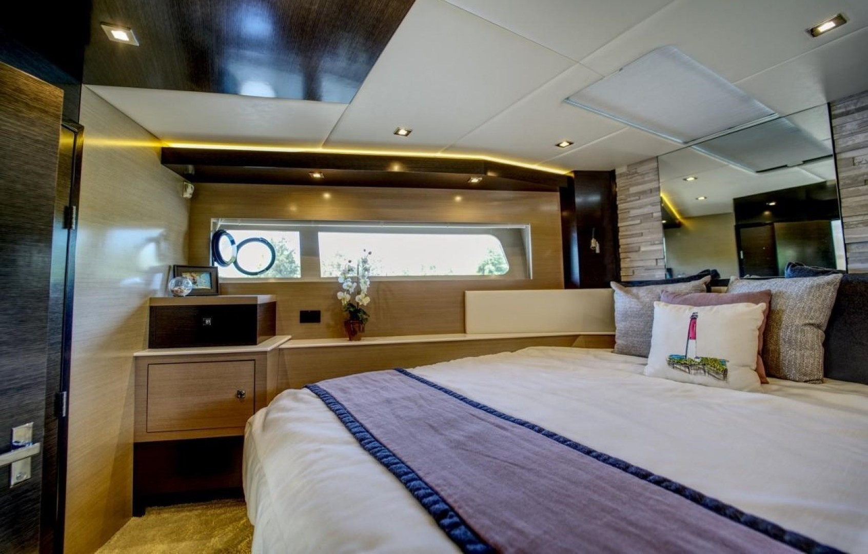 Cruisers-60 Cantius 2018-Sea Rhythm III Anna Maria-Florida-United States-2018 Cruisers 60 Cantius FB  Sea Rhythm III  VIP Stateroom-1578801 | Thumbnail