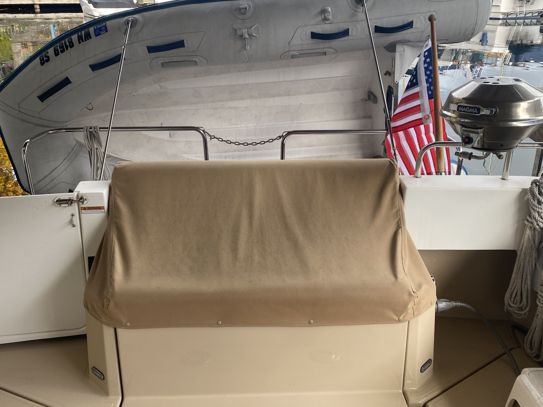 Ranger Tugs-31-S 2014-Aventura Seattle-Washington-United States-Aft Cockpit Seat And Storage-1562701 | Thumbnail