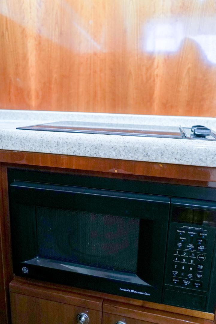 Bertram-39 Convertible 2002-Witts End Hitchcock-Texas-United States-Bertram 39 Convertible 2002 Witts End-1561672 | Thumbnail